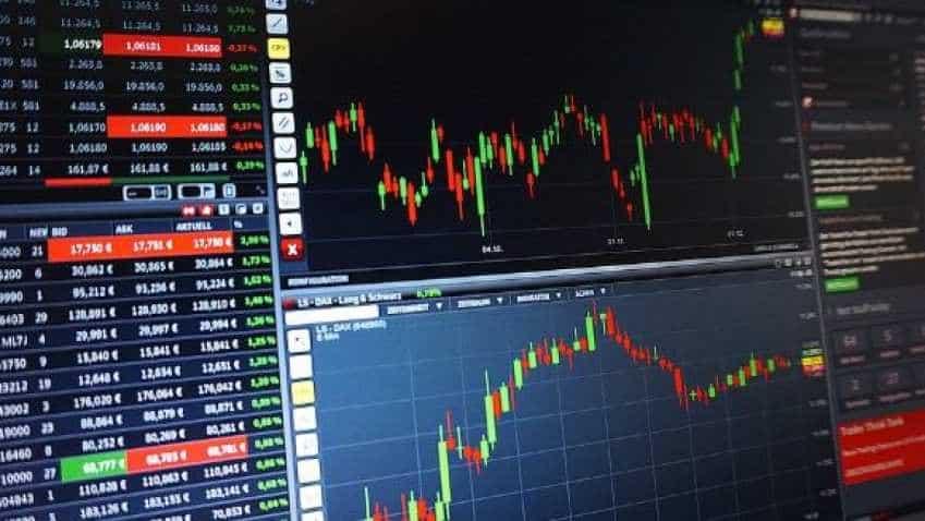 Stock market finally ends its losing streak