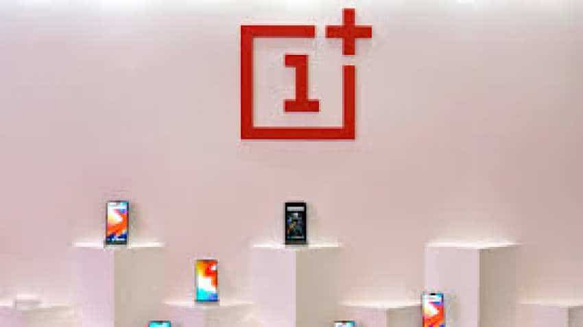 OnePlus Fans? Get these products with huge discounts on account of OnePlus fifth-anniversary sale
