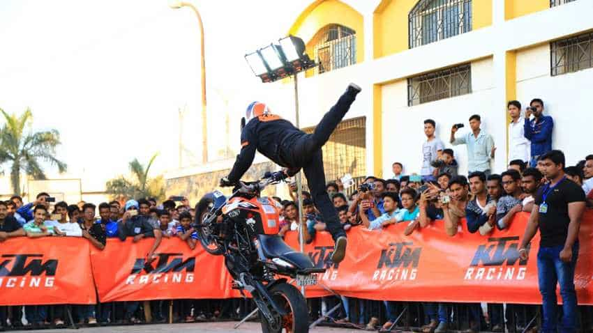 IIT Bombay alert! Breath-taking KTM stunt show is happening today - Check exact venue in Powai, Mumbai