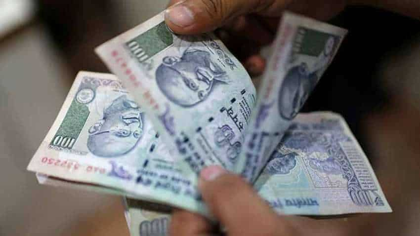 Rupee vs Dollar: Indian currency rises 8 paise to 71.32 in early trade