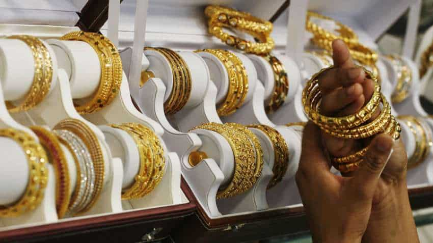Gold Price Today: Yellow metal steadies near one-week high as virus toll stalls stock markets
