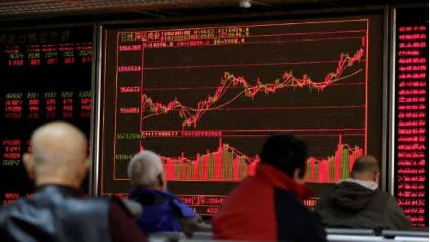 Global Markets: Wall Street stock futures retreat, Asian shares dip after Apple warns on Coronavirus impact