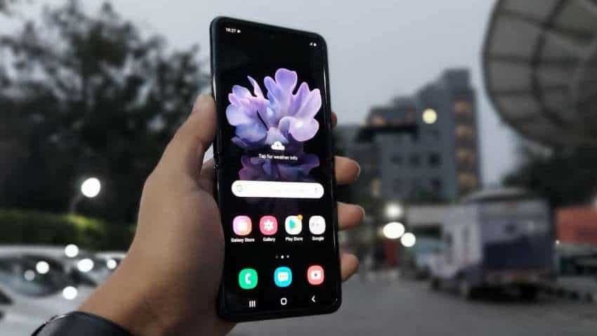 Samsung Galaxy Z Flip review: Take my money, because there is no substitute for poise, unique experience