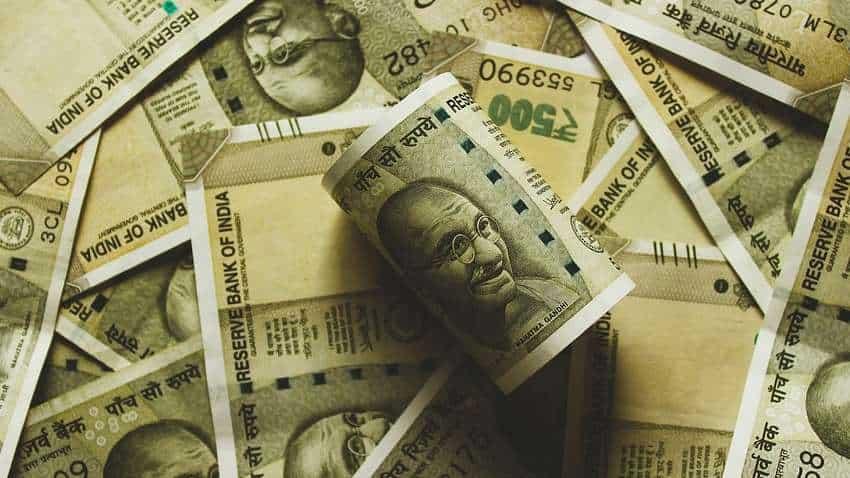 Coronavirus hits! Big salary cuts in Maharashtra - These officials to be badly affected