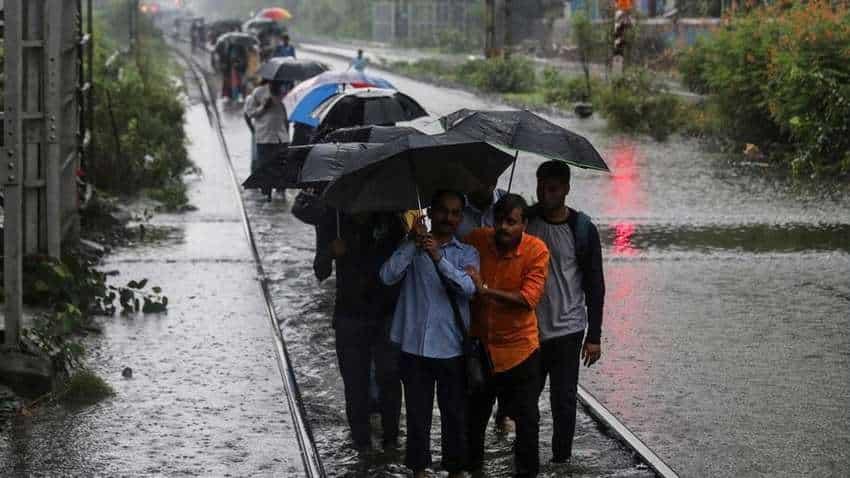 IMD forecast: Monsoon to remain normal this year! Check onset dates for Kerala, Mumbai, Delhi and Kolkata