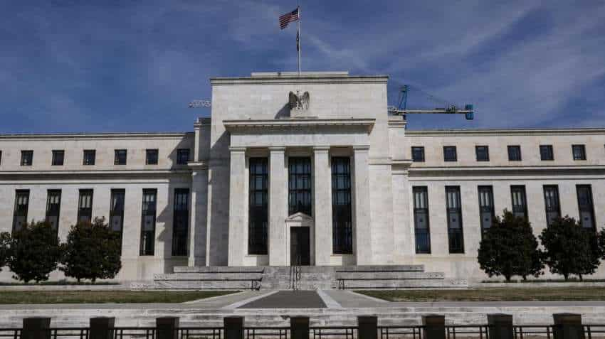 US Federal Reserve keeps interest rates near 0 amid COVID-19 fallout
