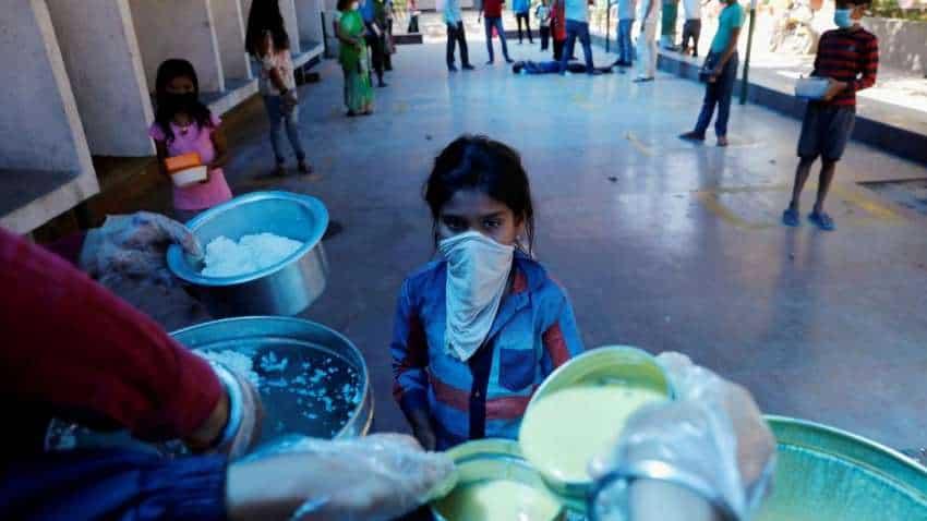 Man's eats 40 chapatis, 10 plates of rice daily at corona quarantine centre!