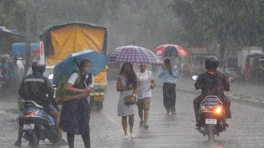 Heavy rains to persist in Mumbai, coastal Maha on Satuday: IMD