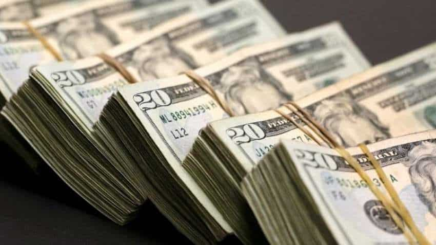 US dollar dips amid Coronavirus uncertainty