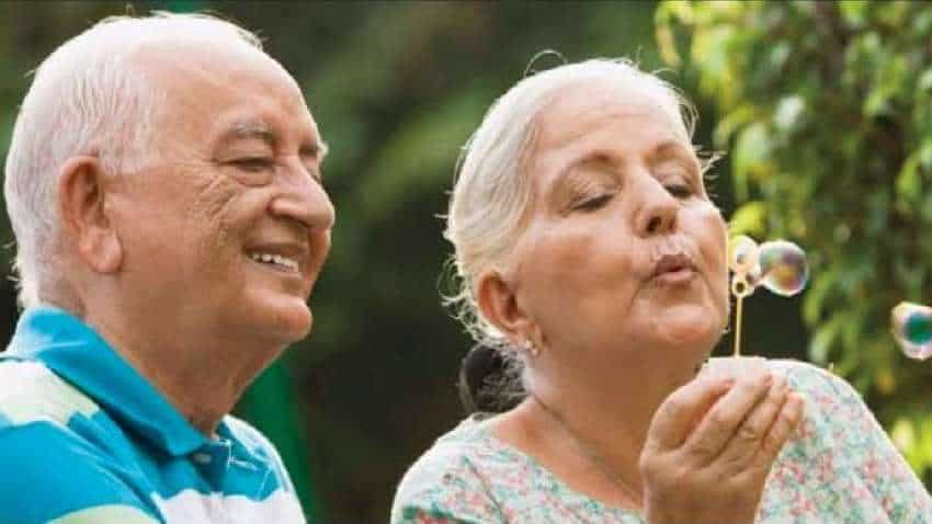 Top 6 tips for choosing health insurance when your parents are senior citizens