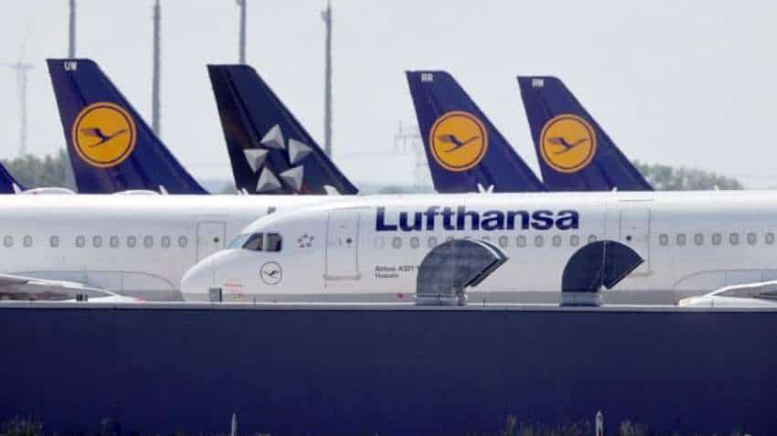 Lufthansa steps up cuts to fleet and staff as outlook dims