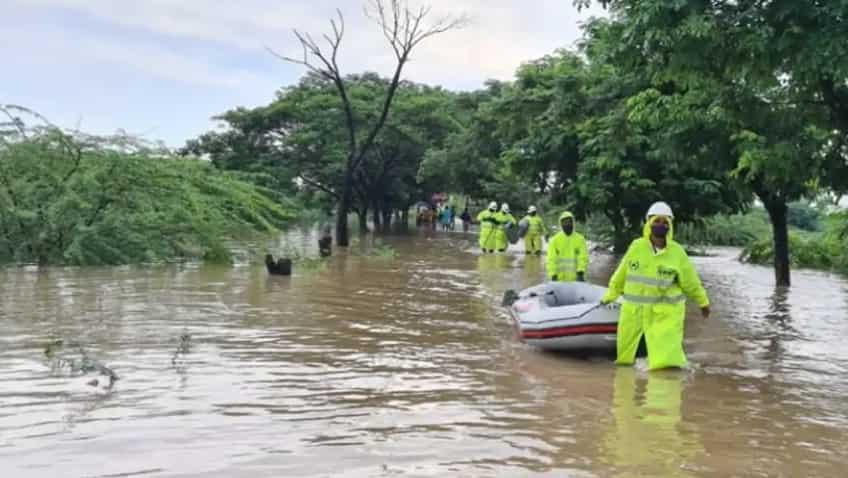 Chiranjeevi, Mahesh Babu, Nagarjuna, Junior NTR to Vijay Deverakonda - Tollywood stars announce contributions for Telangana flood relief