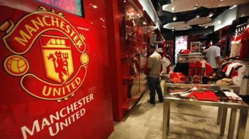 Manchester United vs PSG: Marcus Rashford strikes late in Champions League game