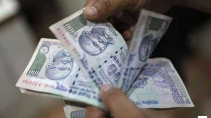 Hero Motocorp, Axis Bank, Titan results today - key things to monitor