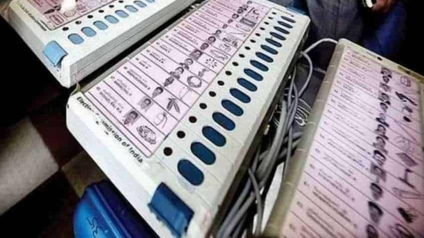 Telangana bypolls results LIVE: Close contest between BJP, TRS in Dubbak bypoll