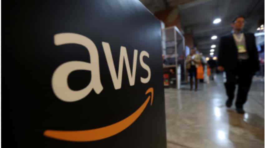 Amazon''s cloud service sees widespread outage