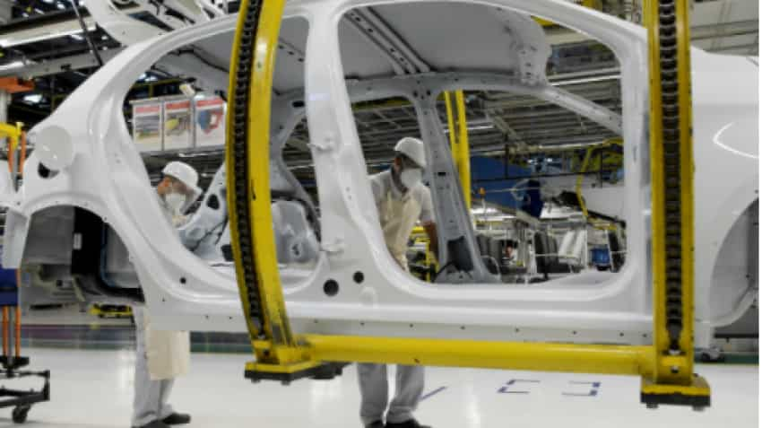 Fiat Chrysler, Peugeot get green light for $52 billion carmaker