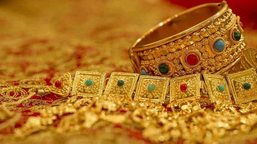 Investing in gold jewellery to earn maximum money? Wait! Read this first