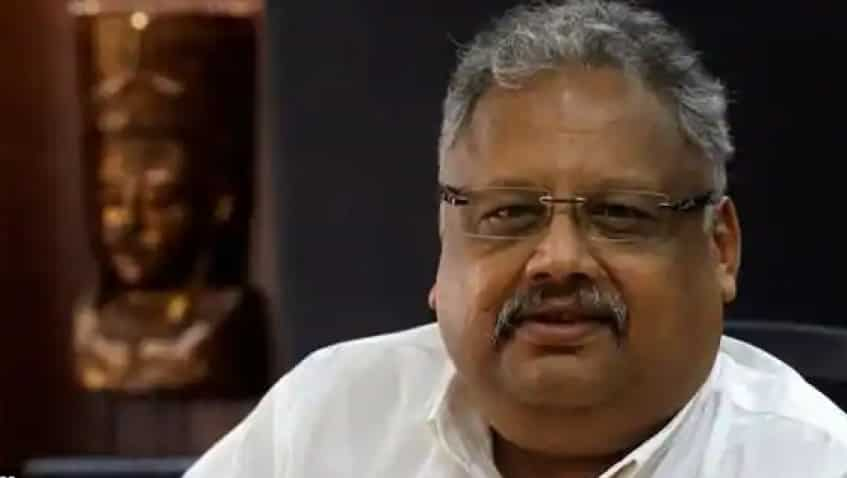 After Rakesh Jhunjhunwala sells 12 lakh Escorts shares, price falls! What must investors do? Expert reveals