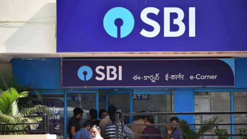 SBI cards, discounts on essential items on offer at Amazon Great Republic Day Sale