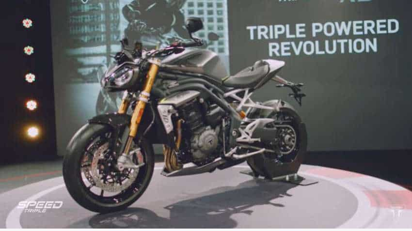Triumph unveils all-new Speed Triple 1200 RS; See complete features here!