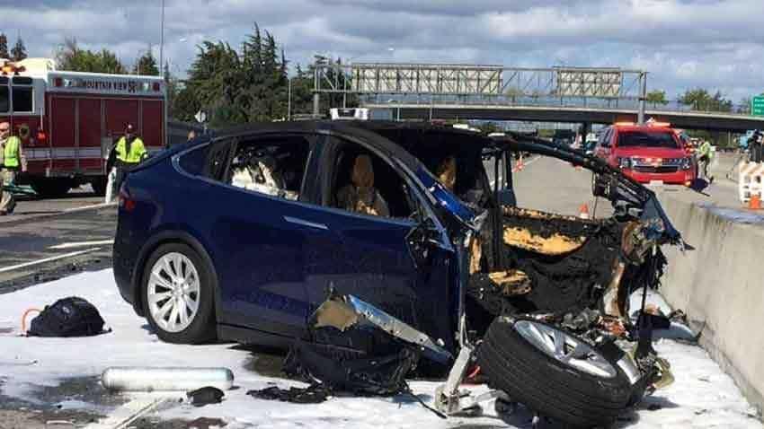 Police say Autopilot not believed in use in Detroit Tesla crash