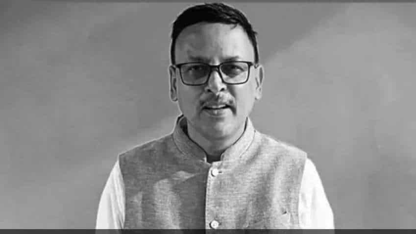 Zee 24 Ghanta's Editor Anjan Bandyopadhyay succumbs to COVID-19