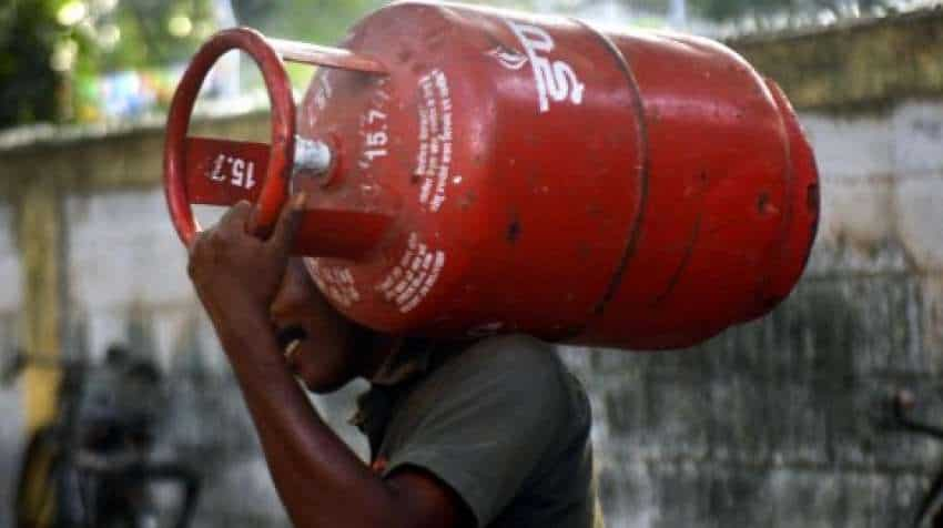 LPG cylinder price today: Get THIS CASHBACK now and book your cylinder almost FREE—Check this offer and know how to avail it