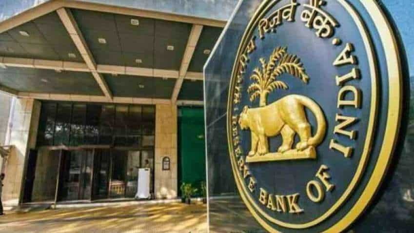ATM cash withdrawal charges hiked: Check new fee and other charges INCREASED by RBI—full list here