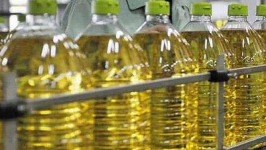 Govt cuts benchmark import price on edible oil; new rates to come into effect from TODAY– check details here