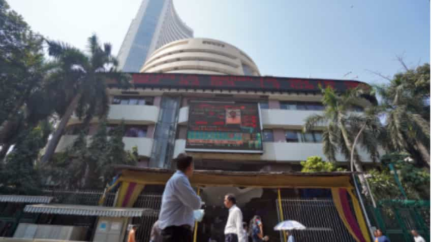 Stock Markets CLOSING BELL! After touching 53K life-high, Sensex disappoints with flat closing; Maruti, TCS, Titan gain; Nestle, HUL fall