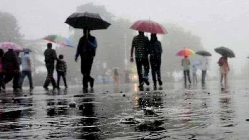 Monsoon lands in Delhi 16 days behind schedule, brings rain