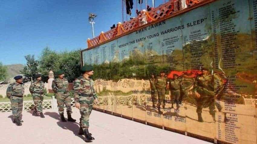 Kargil Vijay Diwas 2021: Martyr's father recounts Indian Army's triumph, PM Modi pays homage Indian soldiers who laid down their lives