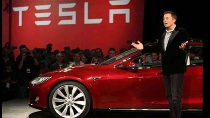 Tesla may release $25,000 electric car without a steering wheel in 2023: Elon Musk