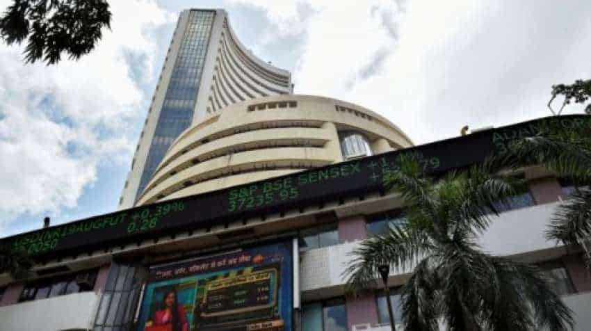 Share Market Closing Bell! Sensex, Nifty end flat with negative bias – banking and financial services stock gain most