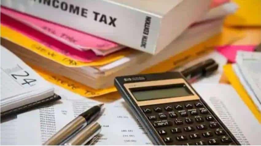 ITR FILING ALERT! I-T Department EXTENDS income tax return filing date till 31st December