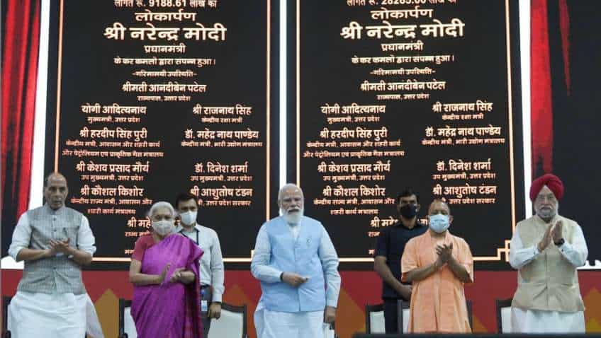 PM inaugurates Azadi@75 – New Urban India: Transforming Urban Landscape Conference-cum-Expo; hands over keys of PMAY-U houses to 75,000 beneficiaries